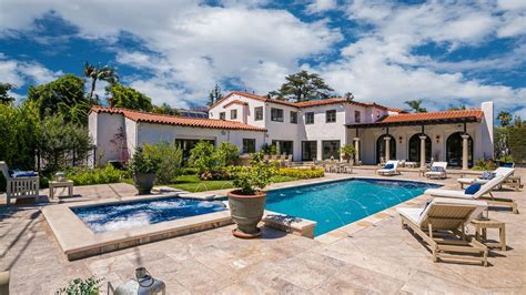 spanish colonial style house where howard hughes crashed