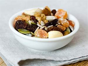 What Are The Benefits Of Eating Dried Fruits And Nuts
