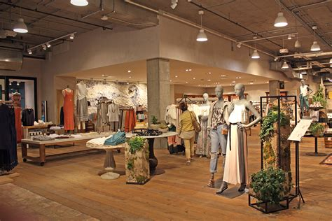 Anthropologie Shop by Effortlessly With Discovering The Portland