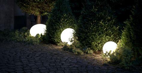 Illuminazione Per Esterni Giardino Illuminazione Da Giardino Per Serate Indimenticabili Dalani