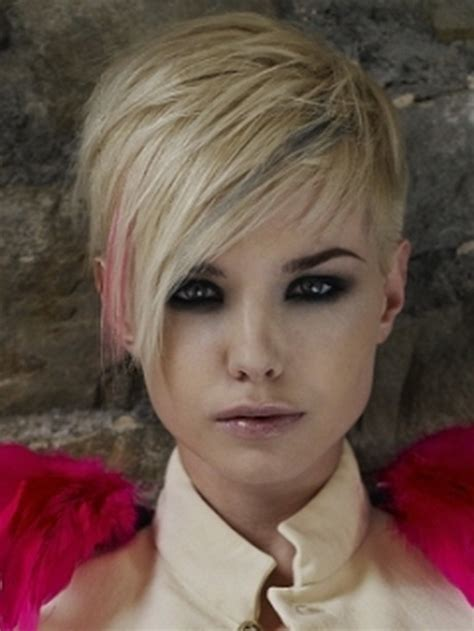 Cropped Hairstyles by Cropped Hairstyles