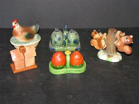 4 Vintage 3pc Sets Of Salt And Pepper Shakers And Bird In