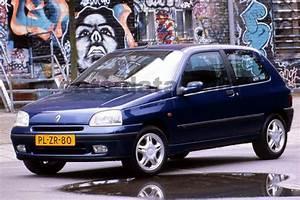 Renault Clio Oasis 1 2  Manual  1996