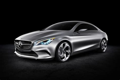 Mercedes Cla Aims At The Compact Fourdoor Coupe Segment