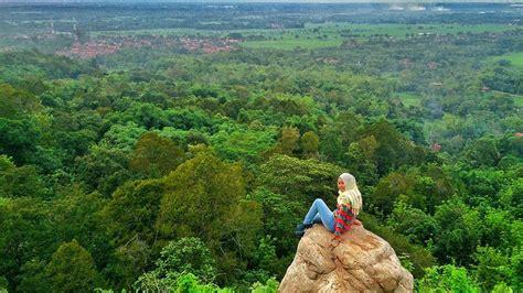 pesona tebing cadas gantung majalengka reservasi travel blog