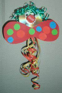 Faschingsdeko Selber Machen : faschingsdeko basteln mit kindern raum und m beldesign inspiration ~ Markanthonyermac.com Haus und Dekorationen