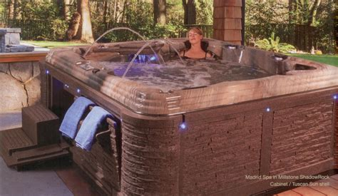 ri 39 s best selection of premium hot tubs