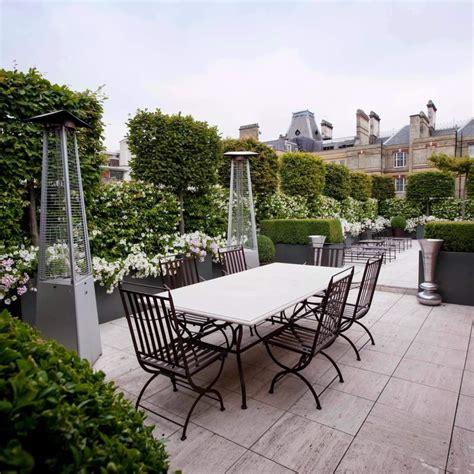 giardino in terrazza esempio di giardino pensile per terrazza privata i