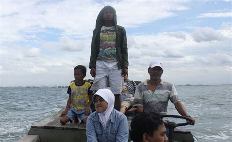 The Impossible Refugee Boat Lift To Christmas Island by Thousand Islands Jakarta Jakarta Beoordelingen Van