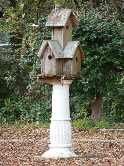 cabane a oiseaux en bois photo gratuite bois cabane d oiseaux maison image gratuite sur pixabay 1102810