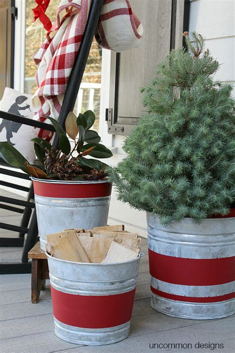 Best Outdoor Holiday Planter Ideas Designs For