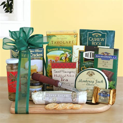 A guide to buying gifts for parents. Best Congratulation Gifts for Expecting Parents - AA Gifts ...