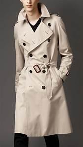 Trench Coat Burberry Homme : lyst burberry long cotton gabardine trench coat in natural for men ~ Melissatoandfro.com Idées de Décoration