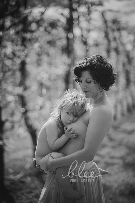 Photos of Breastfeeding | POPSUGAR Moms Photo 37