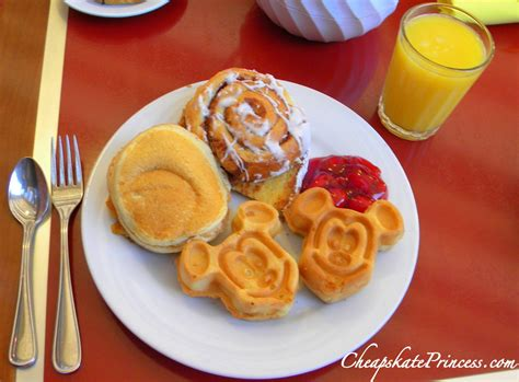 cuisine mickey can a cheapskate princess afford the disney dining plan disney 39 s cheapskate princess