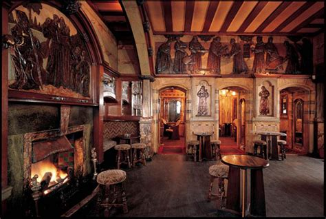 top  oldest pubs  london discover britain