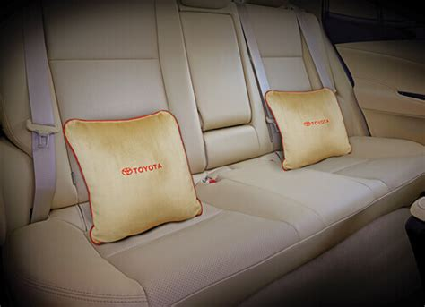 Toyota Camry, Buy Camry, Camry Price, Camry On Road Price ...