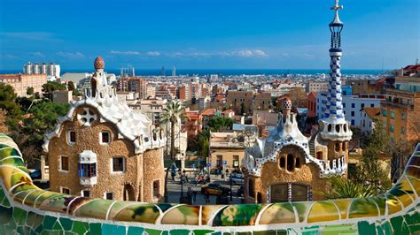 Barcelona Travel Guide: A Perfect Weekend in Spain ...