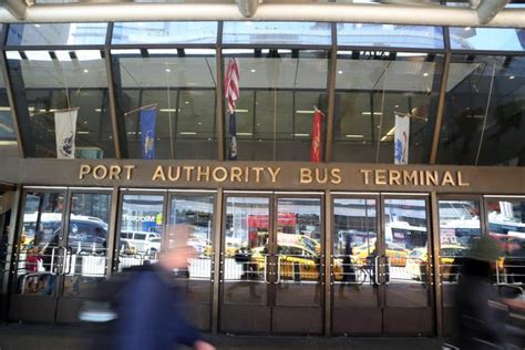 port authority terminal carrying gun 106 rounds nabbed at port authority ny daily news