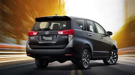 Toyota Innova Crysta 2021 2.4 ZX MT 7 Str Exterior Car ...