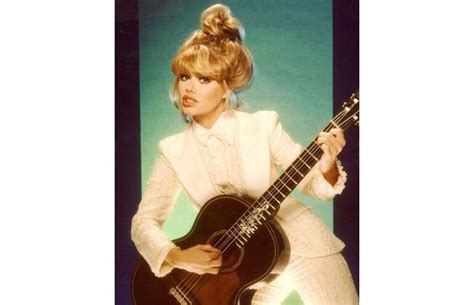 Singer Of Love Boat Theme by 23 Best Cuchi Cuchi Charo Images On Pinterest