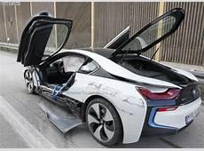 Wrecked BMW i8