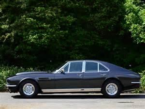 Aston Martin Lagonda V8 Saloon (1974–1976) images (2048x1536)