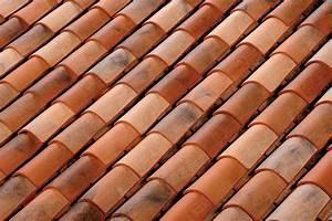 Tuile Plate Terre Cuite : les tuiles en terre cuite pr sent par toiture castro sprl ~ Melissatoandfro.com Idées de Décoration