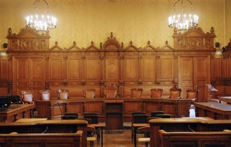 chambre des commerces bobigny au procès chirac 144 oules pour éclairer le tribunal