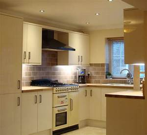 Gallery of tiling images bathroom tiling kitchen tiling for Kitchen with wall tiles images