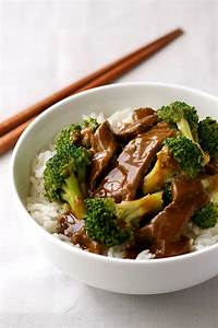 Chinese Beef and Broccoli (Extra Saucy Takeout Style