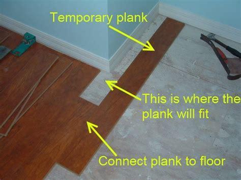 how to cut vinyl plank flooring cutting laminate around corners diy tips