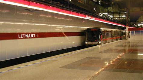 metro open doors metro jezd 237 až do letňan čt24 česk 225 televize