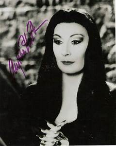 Rob The Autograph Geek: Anjelica Huston - The Addams Family