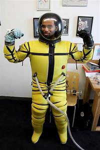 Revolutionary New Space-Diving Suit Will Rival Anything ...