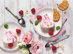 Diamant Eiszauber Milch : weisses schokoladen eis mit himbeerswirl im ~ Lizthompson.info Haus und Dekorationen
