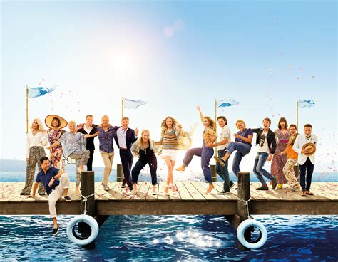wallpaper mamma mia       movies
