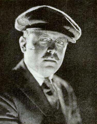 Erle C. Kenton - Wikipedia