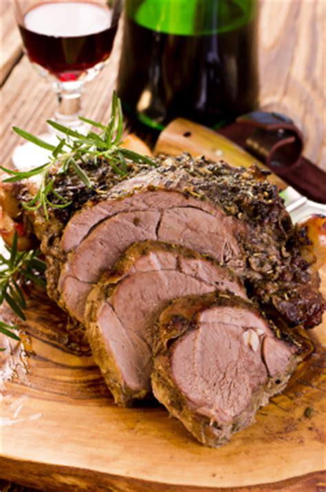 cuisiner un gigot d agneau au four 10 astuces pour réussir gigot d agneau cuit au four