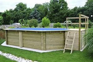 Pool Aus Holz : poolumrandung mit holz bauen ~ Frokenaadalensverden.com Haus und Dekorationen