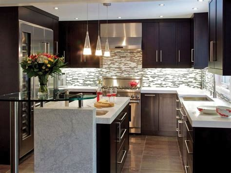 Here Are Some Tips You Need To Know About Small Kitchen