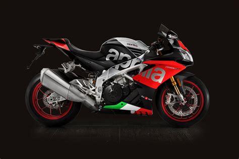 Review Aprilia Rsv4 Rf by 2018 Aprilia Rsv4 Rf Review Total Motorcycle