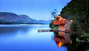 Lake House Wallpaper