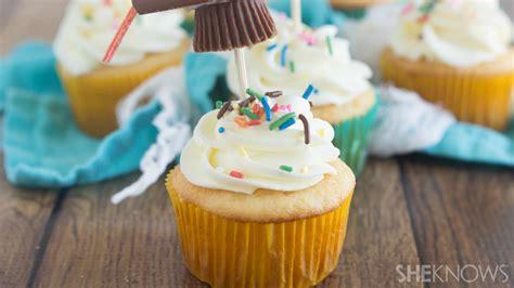 congrats grad  deserve  cupcake