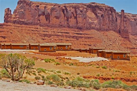 monument valley cabins 10 best images about monument valley on
