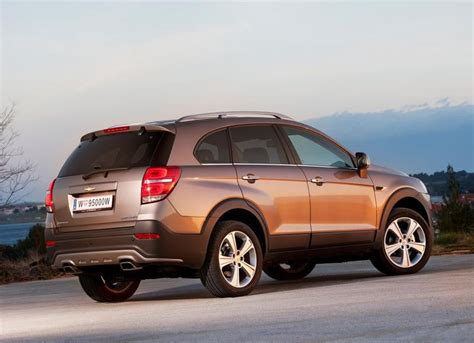 Review Chevrolet Captiva by Chevrolet Captiva 2013 Reviews Technical Data Prices