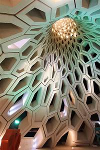 Contemporary Honeycomb Lighthouse / KAUST Breakwater ...