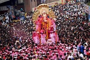 2017 Ganesh Chaturthi Festival in Mumbai: Essential Guide
