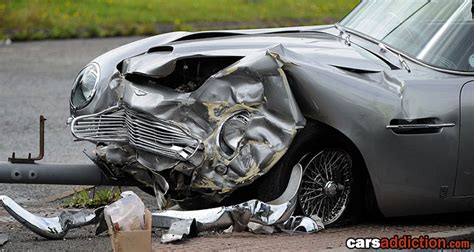 Martin Crash classic aston martin wreck carsaddiction