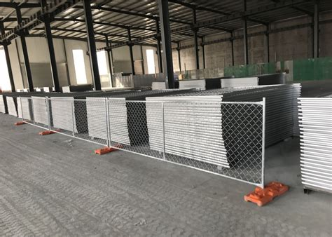 temporary chain link fence panels height   width